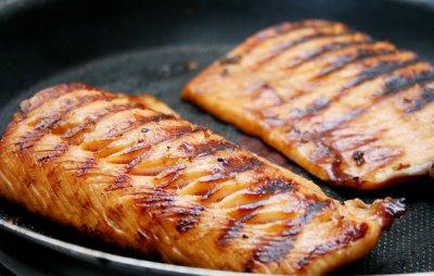 peito de frango grelhado