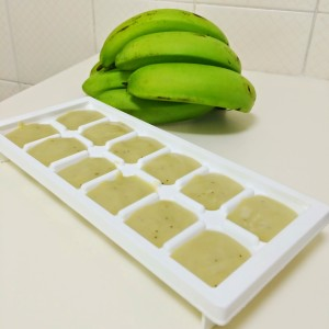 cubos de biomassa de banana verde